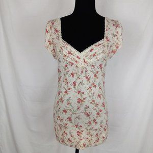 American Rag Tan/floral cap sleeve blouse. Size M